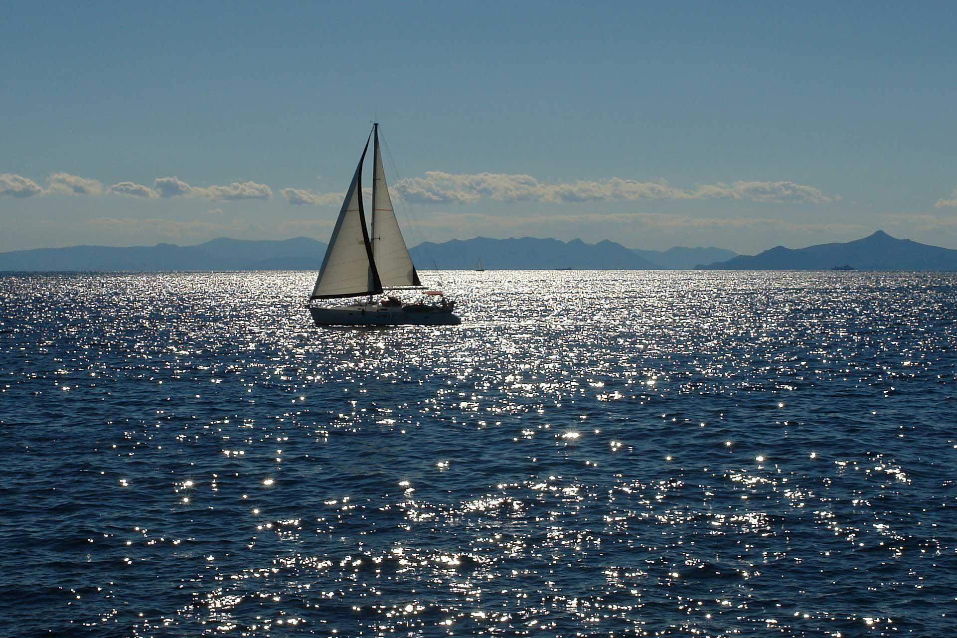 Sailing to Radozda